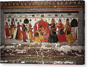 Old Painting In Raj Mahal Palace, Orchha Fort Canvas Print