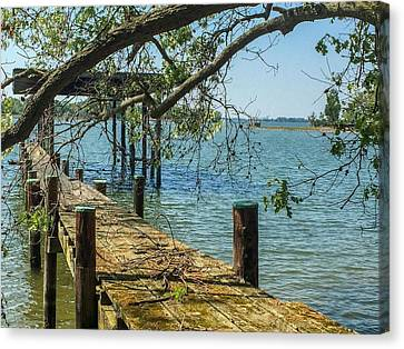 Canvas Print featuring the photograph Old Pier On The Tred Avon by Charles Kraus