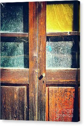 Old Rotten Door Canvas Print