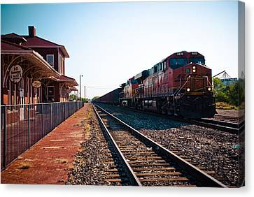 Old Santa Fe Depot Canvas Print