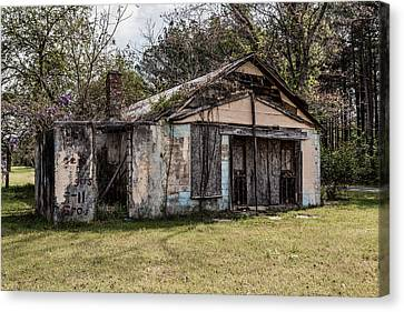 Canvas Print featuring the photograph Old Shack by Kim Hojnacki
