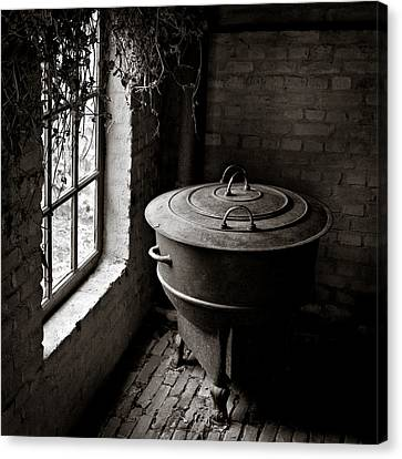 Old Stove Canvas Print by Dave Bowman