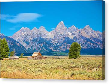 Canvas Print featuring the photograph Old Time Community by Robert Pearson