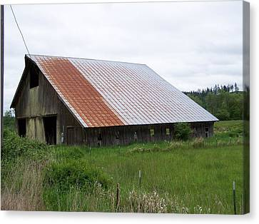 Old Tin Roof Barn Washington State Canvas Print by Laurie Kidd
