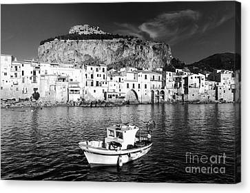 Old Town Of Fishermen Canvas Print by Stefano Senise