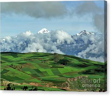 On The Road From Cusco To Urubamba Canvas Print by Michele Penner