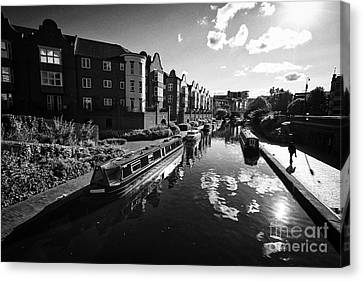 oozells street loop area birmingham canal navigations brindleys old main line Birmingham UK Canvas Print