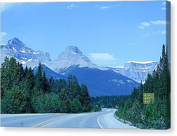 Canvas Print featuring the photograph Open Road by Al Fritz