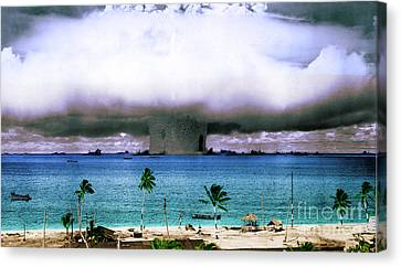 Operation Crossroads Baker, 1946 Canvas Print by Science Source
