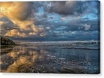 Oregon Coast Reflections Canvas Print