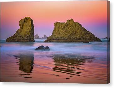Canvas Print featuring the photograph Oregon's New Day by Darren White