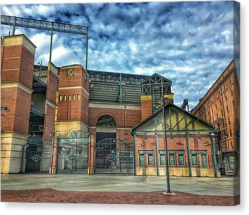 Oriole Park At Camden Yards Gate Canvas Print by Marianna Mills