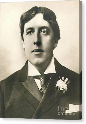 Oscar Wilde Canvas Print by Granger