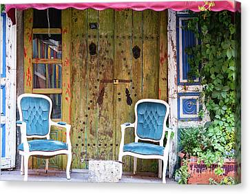 Outdoor Seating Canvas Print by Bob Phillips
