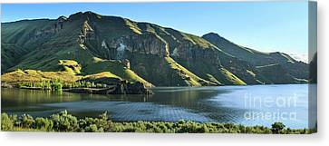 Owyhee Reservoir Canvas Print by Robert Bales