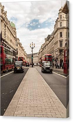 Oxford Street In London Canvas Print