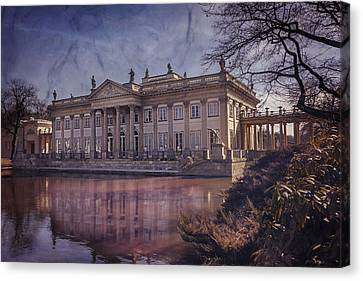 Palace On The Water  Warsaw Canvas Print by Carol Japp