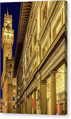 Palazzo Vecchio And The Uffizi At Twilight Canvas Print by Andrew Soundarajan