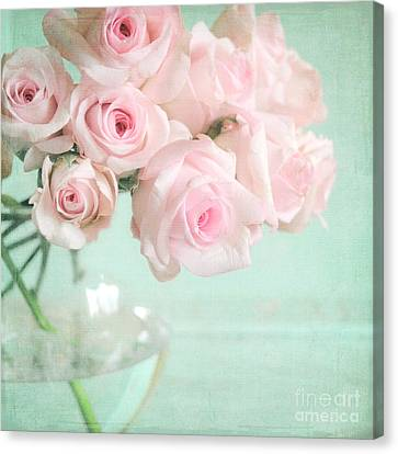 Pale Pink Roses Canvas Print by Lyn Randle