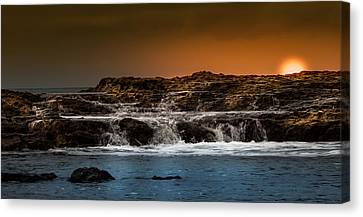 Palos Verdes Coast Canvas Print by Ed Clark