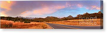 Panorama Of Estes Park Continental Divide And Lumpy Ridge - Rocky Mountains National Park Colorado Canvas Print by Silvio Ligutti