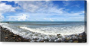Canvas Print featuring the photograph Panorama Of Rugged Coastline In Taiwan by Yali Shi