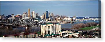 Panoramic Afternoon Shot Of Cincinnati Canvas Print