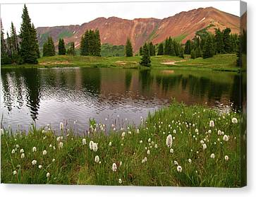 Canvas Print featuring the photograph Paradise Basin by Steve Stuller
