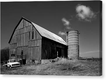 D700 Canvas Print - Parked By The Barn by Tim Kennedy