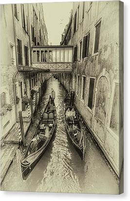 Passando 2 Canvas Print by John Hoey