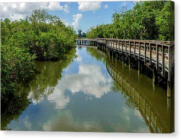 Canvas Print featuring the photograph Pathway Through Salt Water Marsh To Observation Tower  -  Preservetowerwalkway135457 by Frank J Benz