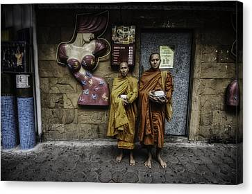 Patpong Monks Canvas Print by David Longstreath