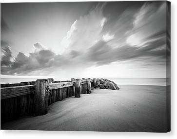 Pawleys Island Groin Sunrise Bw Canvas Print