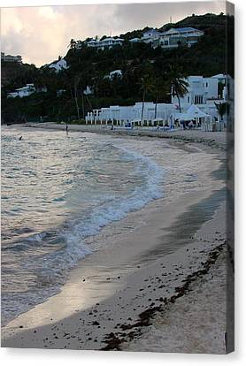 Canvas Print featuring the photograph Peaceful Evening On Dawn Beach by Margaret Bobb