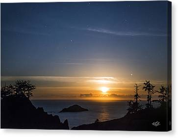 Peaceful Ocean Moon Canvas Print