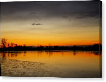 Pella Ponds  December 16th Sunrise Canvas Print by James BO  Insogna