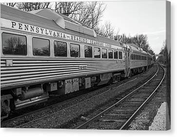 Canvas Print featuring the photograph Pennsylvania Reading Seashore Lines Train by Terry DeLuco