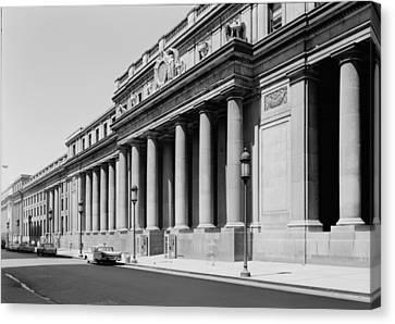 Pennsylvania Station, Exterior, New Canvas Print by Everett