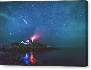 Perseid Meteor At Nubble Light Canvas Print by Ryan McKee