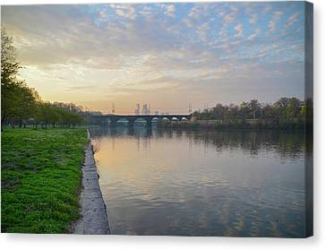 Canvas Print featuring the photograph Philadelphia Cityscape From The Schuylkill In The Morning by Bill Cannon