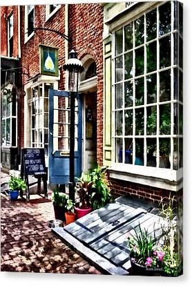 Philadelphia Pa Coffeehouse Canvas Print by Susan Savad