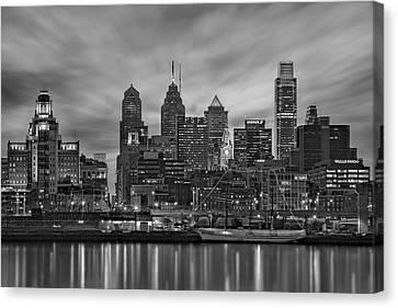 Philadelphia Skyline Bw Canvas Print by Susan Candelario