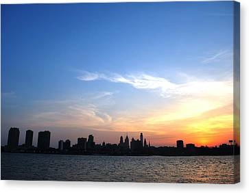 Philadelphia Skyline Low Horizon Sunset Canvas Print