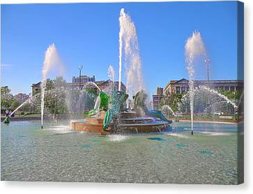 Canvas Print featuring the photograph Philadelphia - Swann Fountain At Logan Square by Bill Cannon