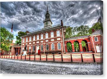 Philadelphia's Independence Hall Under The Clouds Canvas Print by Mark Ayzenberg