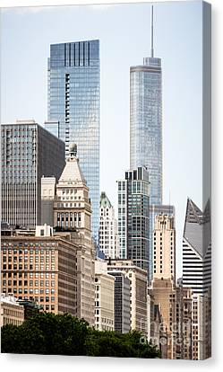 Photo Of Chicago Buildings Along Michigan Avenue Canvas Print by Paul Velgos