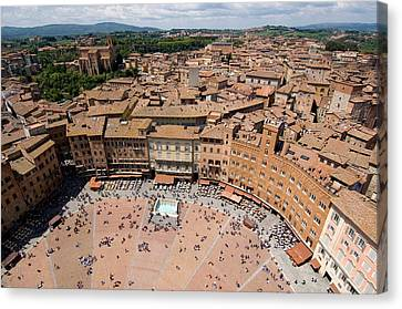 Piazza Del Camp In The Center Canvas Print