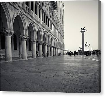 Canvas Print featuring the photograph Piazza San Marco, Venice, Italy by Richard Goodrich