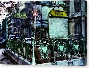 Canvas Print featuring the photograph Picoas by Dariusz Gudowicz