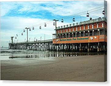Canvas Print featuring the photograph Pier Daytona Beach by Carolyn Marshall